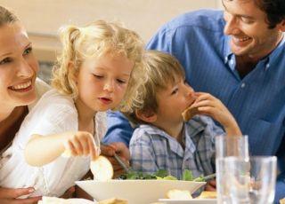 rodzina, obiad, kuchnia