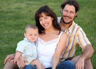rodzina z dzieckiem, para z dzieckiem