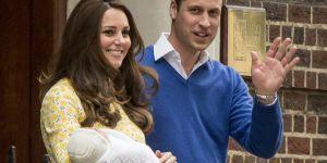Royal Baby, córeczka Kate i Williama, księżna Kate z córeczką