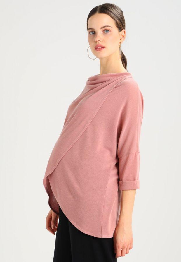 Różowy sweter ciążowy typu wrap