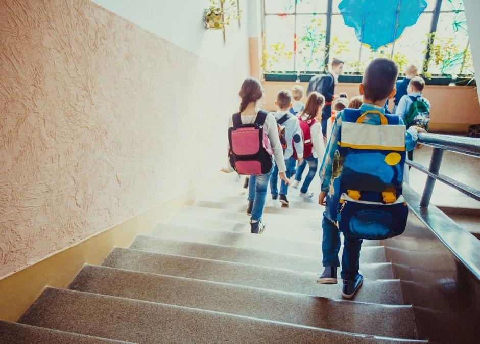 Rozporządzenie MEN: Legitymacje i świadectwa dzieci niepełnoletnich