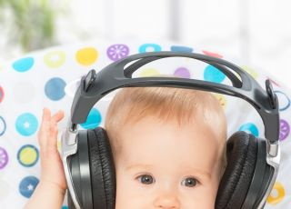 Dziecko słuchając muzyki szybciej zaczyna mówić
