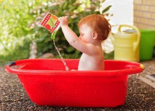 Skąd się biorą rude włosy u dziecka? Wyjaśnia prof. Ewa Bartnik, genetyk