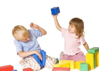 7 sposobów na kłótliwe rodzeństwo