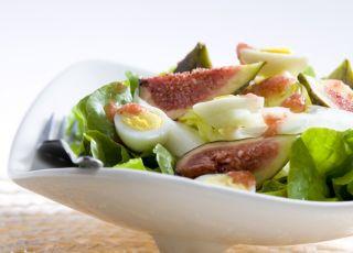 sałatka, jajka, figi