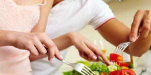 sałatka, przepis na sałatkę, przepisy kulinarne, sałatka ze szpinakiem