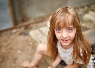 sąd odebrał dzieci antyszczepionkowcom