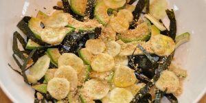 Sałatka z liśćmi nori i awokado - Przepis Moniki Mrozowskiej