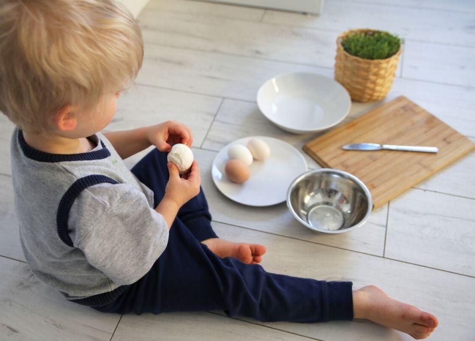 Salmonella w jajkach! Absolutnie nie podawaj ich dziecku!