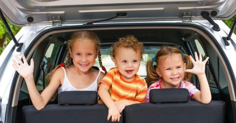 samochód, podróż z dzieckiem