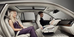 samochód z fotelikiem dla niemowląt
