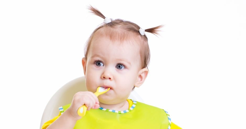 samodzielne jedzenie dziecka