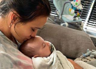 Sara Boruc-Mannei z synem Noahem