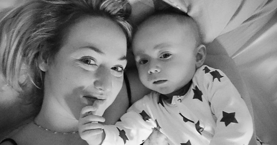 Sarah Boyle z synkiem, dzięki któremu odkryła, że choruje na raka