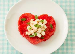 serce, arbuz, feta, sałatka