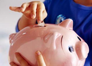skarbonka, świnka, oszczędzanie, pieniądze