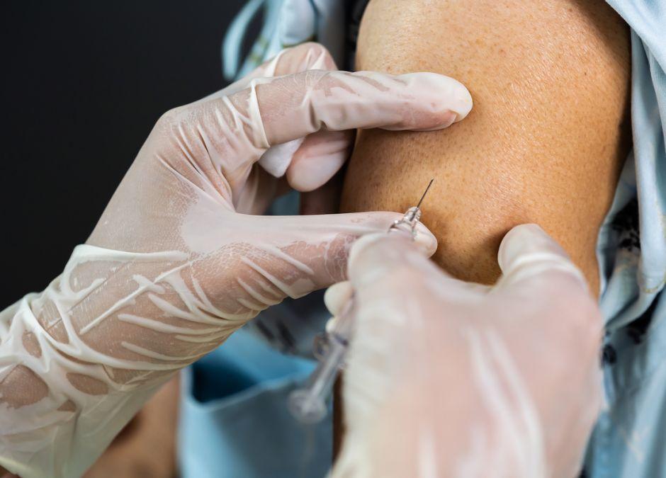 Skutki uboczne szczepionki na COVID-19