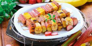 Słodkie szaszłyki owocowe - potrawy z grilla - przepisy na Babyonline.pl