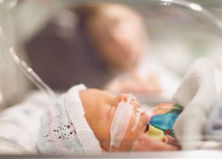 śmierc dziecka zarażonego opryszczką