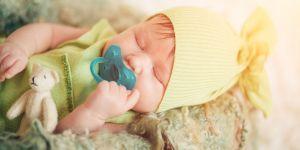 smoczek dla noworodka