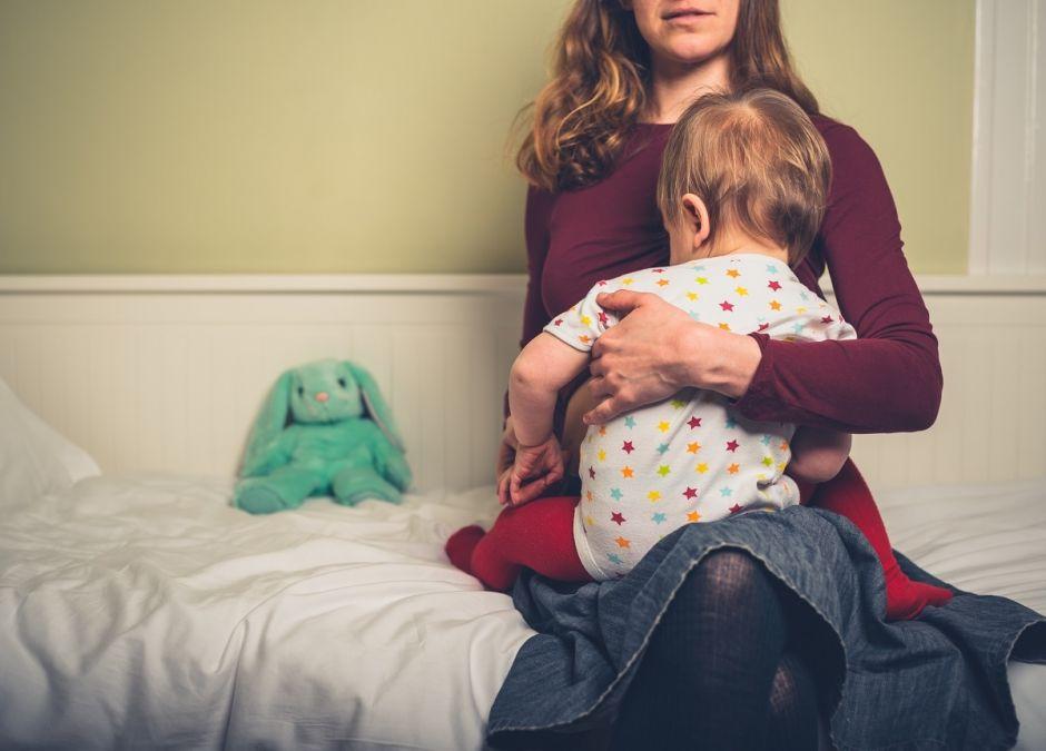 smutek podczas karmienia piersią