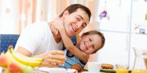 śniadanie z dzieckiem