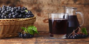 sok z aronii