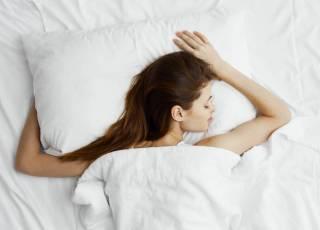 spanie na brzuchu w ciąży