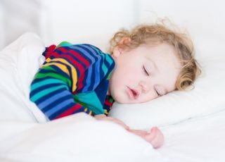 Jak szybko uśpić dziecko? Wystarczy zaledwie 50 prostych kroków