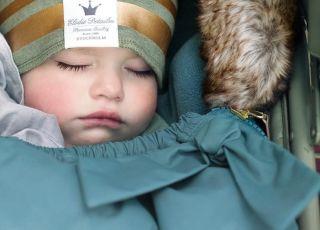 Jaki śpiworek do wózka wybrać na jesień i zimę? Najmodniejszy i praktyczny! [GALERIA]