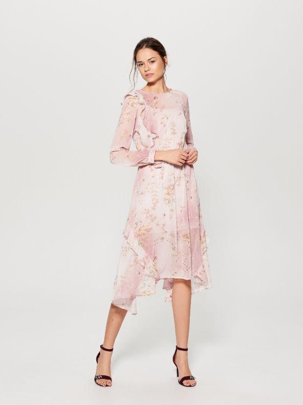 ac1e3bc137 sukienka delikatna na komunię dla mamy lub dla gościa Mohito