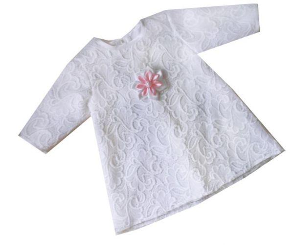 Koronkowa sukienka na chrzest