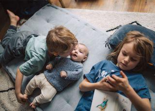 sweterek dla niemowlęcia - kolekcja Zara wiosna-lato 2018