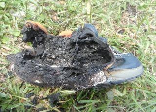 Świecące buty mogą być przyczyną pożaru