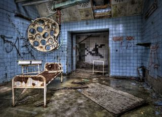 szpital, ruina, sala szpitalna