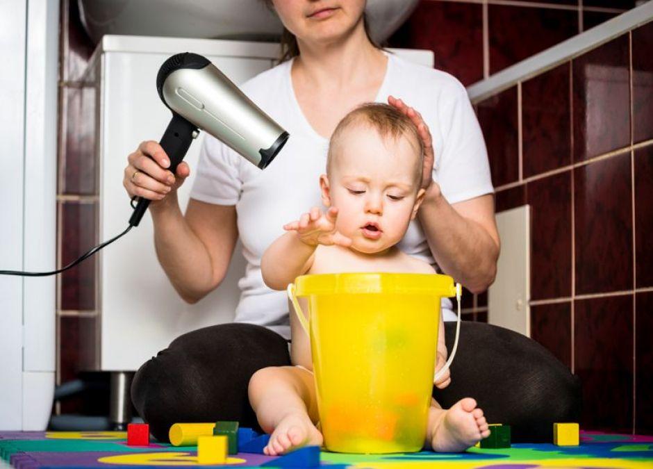 Szum suszarki dla niemowlaka