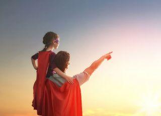tata jest dla córki bohaterem