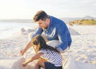 tata na plaży
