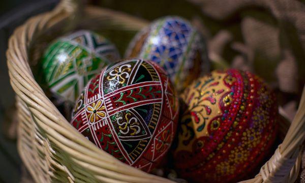 rodzaje pisanek jajka batikowe