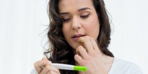 test ciążowy wieczorem