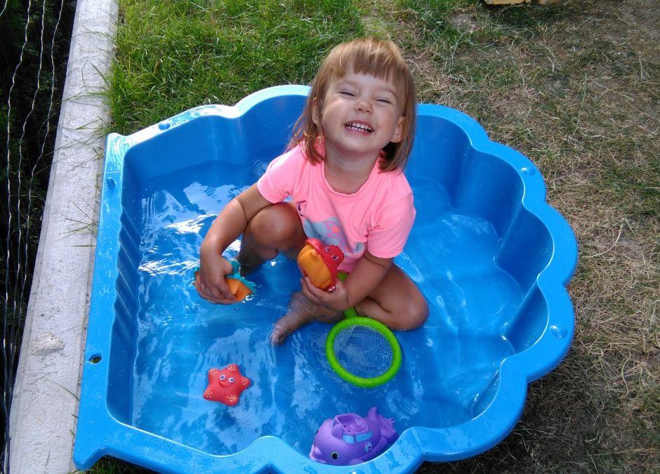 Test redakcyjny pieluch jednorazowych do kąpieli Pampers Splashers