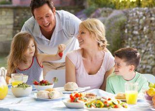 truskawki, rodzina, jedzenie