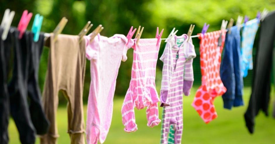 ubrania, wyprawka, body, pranie, sznurek