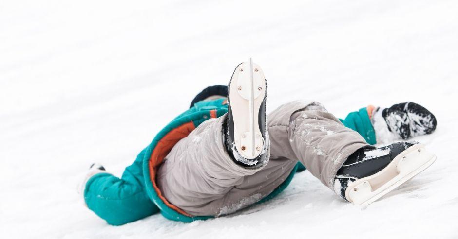 Upadek na łyżwach, urazy - pierwsza pomoc