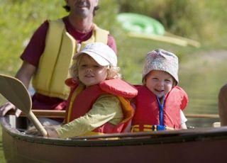 wakacje, wczasy, dzieci, łódka