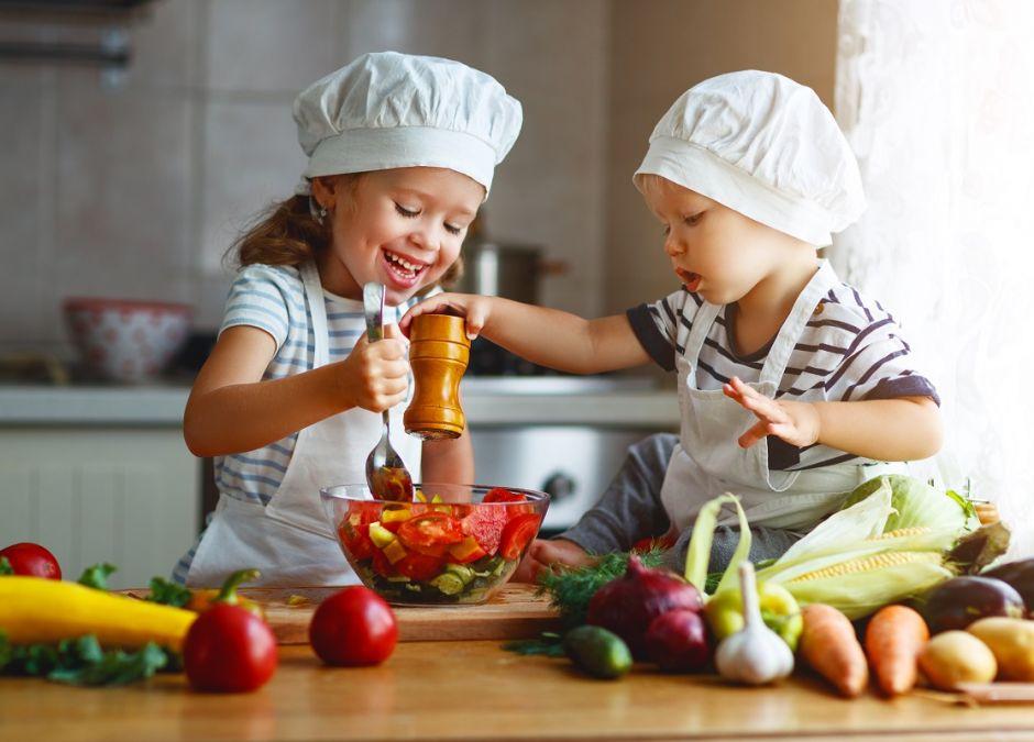 Warzywa i owoce powinny stanowić połowę produktów na talerzu