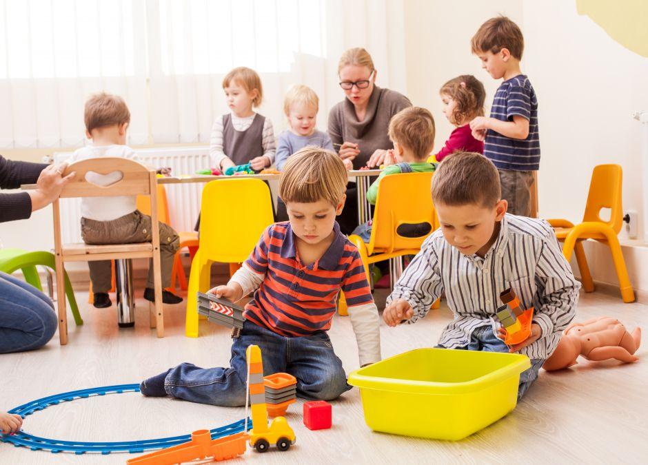 więcej dzieci w grupie przedszkolnej