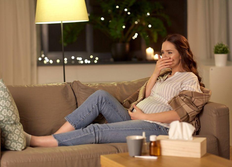 wieczorne mdłości w ciąży
