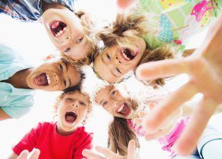 W ten sposób rodzice uniemożliwiają dzieciom prawidłowy rozwój! [ROZMOWA Z EKSPERTEM]