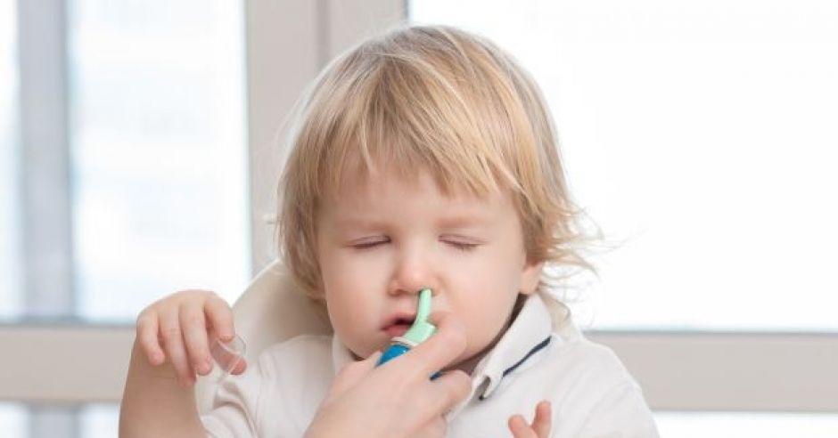 woda morska do nosa dla dzieci jak stosować